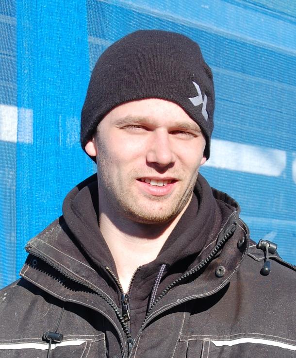 Andreas Leandersson är arbetsledare för Astor Bygg-teamet på Blidvädersgatan.